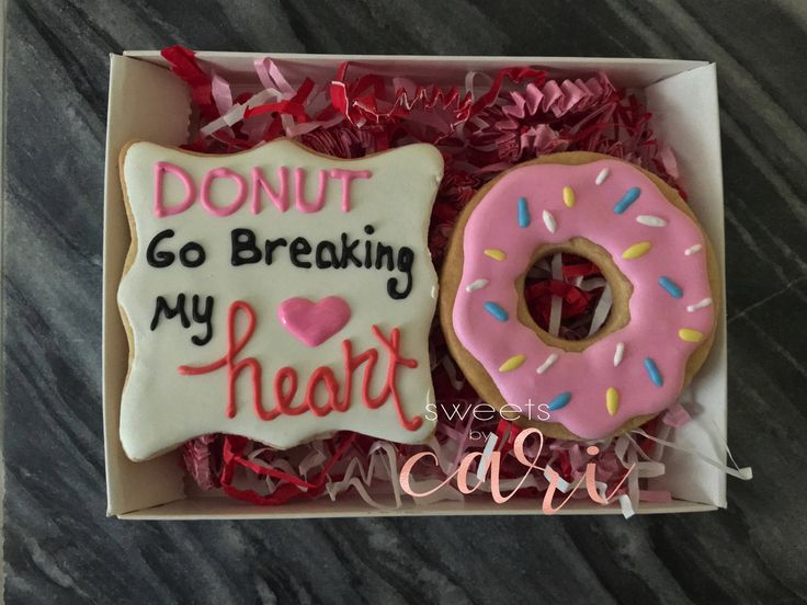 Valentine's Day Custom Cookie Sets