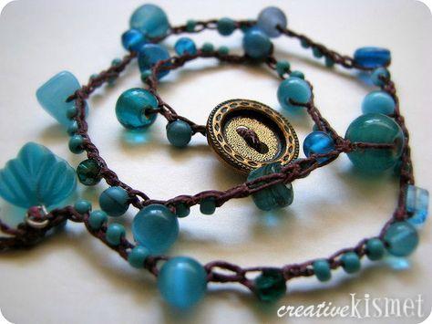 braccialetto all'uncinetto e perline