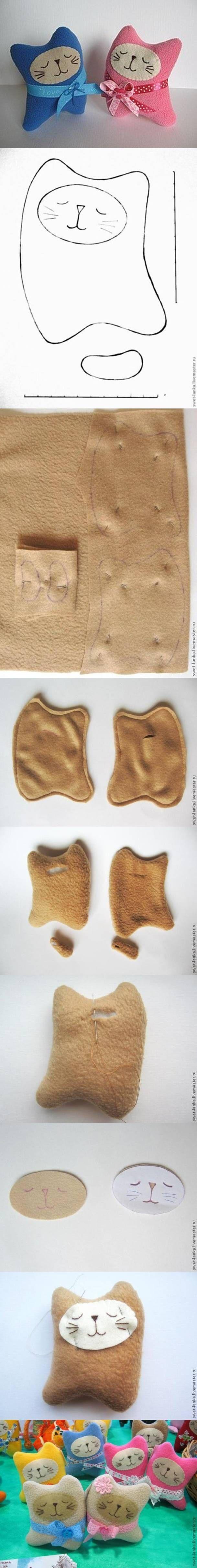 DIY Lovely Fabric Kitty