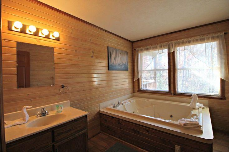 Gatlinburg Vacation Rental | Gatlinburg Getaway - Jacuzzi & Hot Tub - WiFi - Minutes to Downtown! | Chalet Rental on iTrip.net #gatlinburg #couples #rental #tennessee