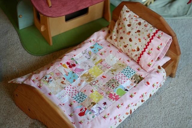 tiny bedding for the doll house beds, inspiration via WIP Wednesday: Christmas Past by Frontier Dreams, via Flickr
