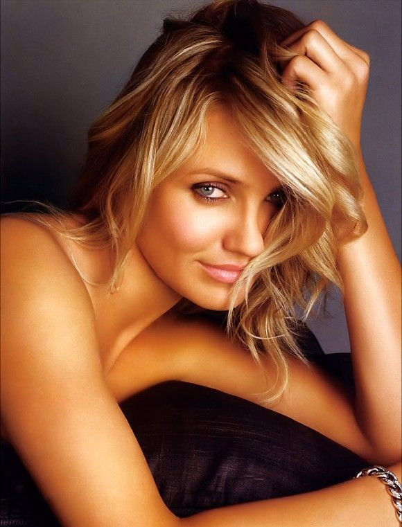 Cameron Diaz! ...... She is my 2nd favorite Cameron AND my girl crush! (Have you seen that smile and those legs??)