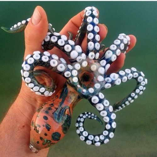 octopipe... - (octopus)(pipe)(left hand)(420) - #octopus #pipe #lefthand #420
