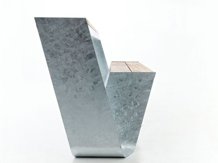 HOPPER Garden bench by Extremis design Dirk Wynants
