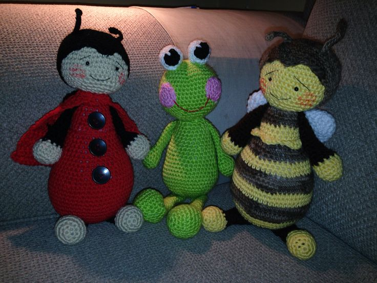 Three friends I made for my sons preeschool. The frog is made from a pictureI have on my crochetboard and the other two from pattern of Brittas ami.
