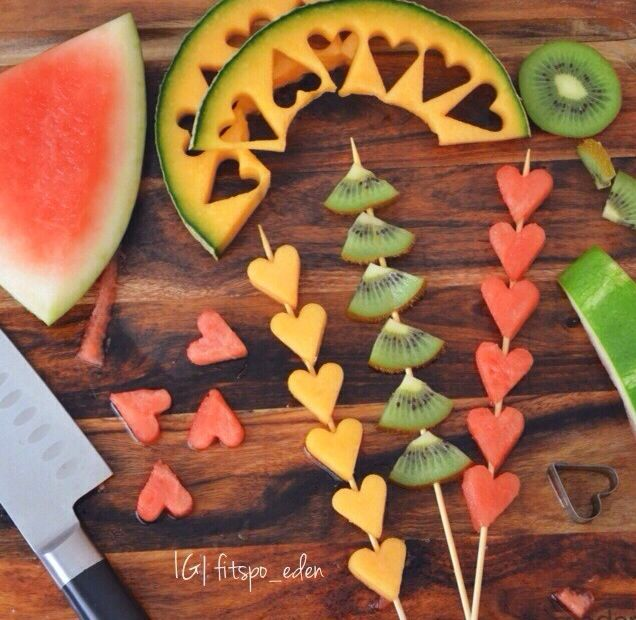 Fruits skewers