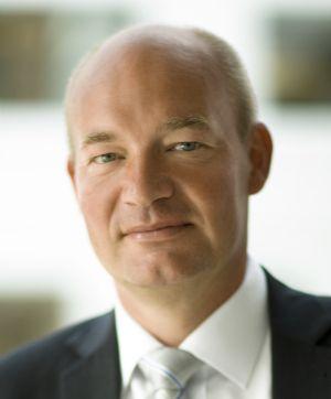 Peter Lövgren  - Advance as a Leader Through Likeable Mentorship