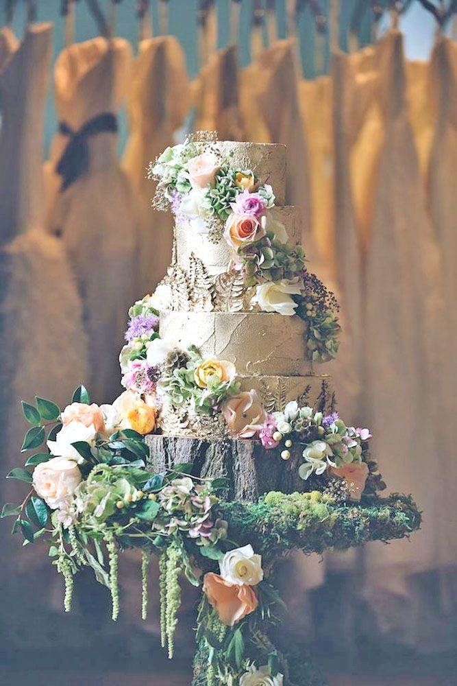 woodland wedding cakes 11