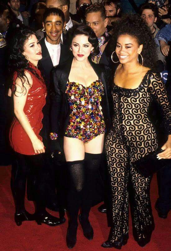 Madonna's perennial back-up singers / dancers Donna DeLory & Nikki Harris flank the diva for the 'razzi.