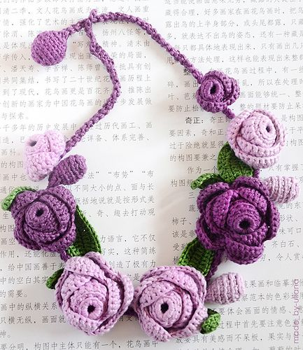 crochet necklace (violet)
