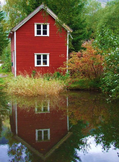 red house - norway