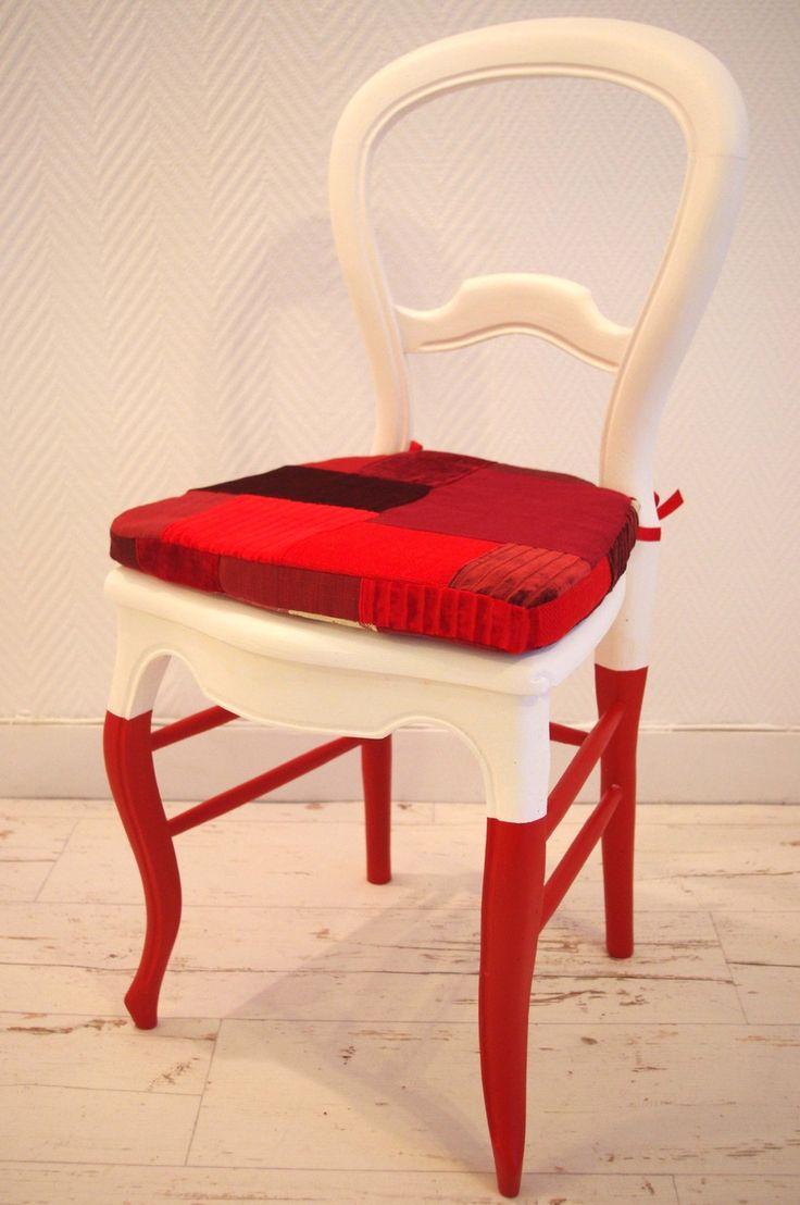 chaise chaussettes peintes et coussin patchwork meubles et rangements par abracadabroc. Black Bedroom Furniture Sets. Home Design Ideas