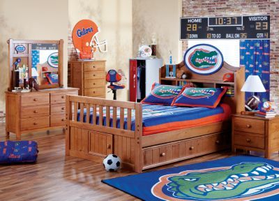 boy bedroom if we changed all the stuff to Washington nationals ...