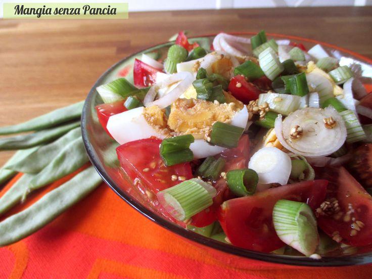 L'insalata fagioli corallo è gustosa e colorata: ideale come secondo o piatto unico e anche quando si mangia fuori casa.