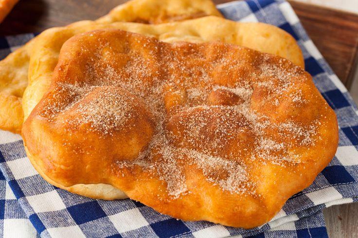 ***¿Cómo hacer Sopaipillas?*** Aprende a hacer sopaipillas, unas tradicionales masas fritas ideales para las tardes frías de otoño e invierno....SIGUE LEYENDO EN...... http://comohacerpara.com/hacer-sopaipillas_12288c.html