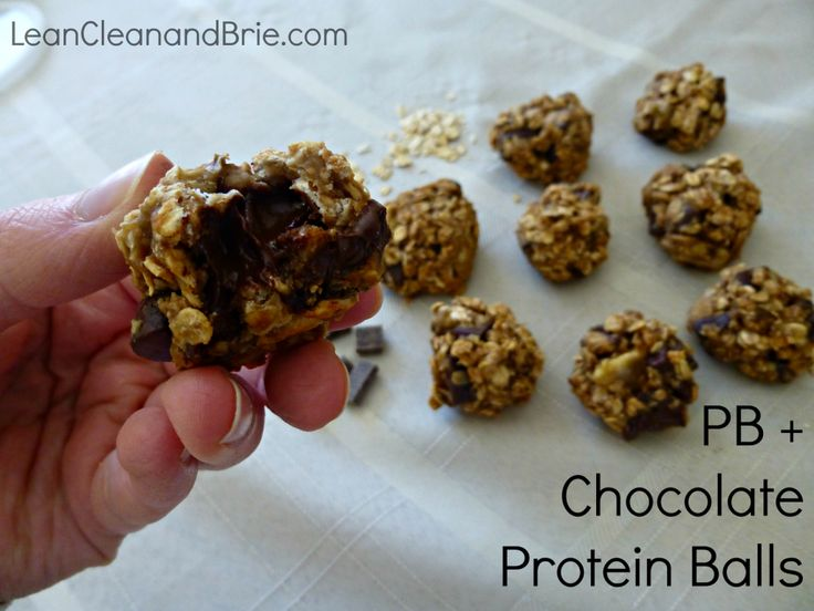 Oh boy, do I have a recipe for you! Not only is the outcome delicious, but it is super easy to make. These Peanut Butter and Chocolate Protein Balls are beyond amazing and perfect pre-workout fuel. Let's just say these are addicting and so chocolatey! Here's what you'll need: -2 bananas -1 cup old fashioned …