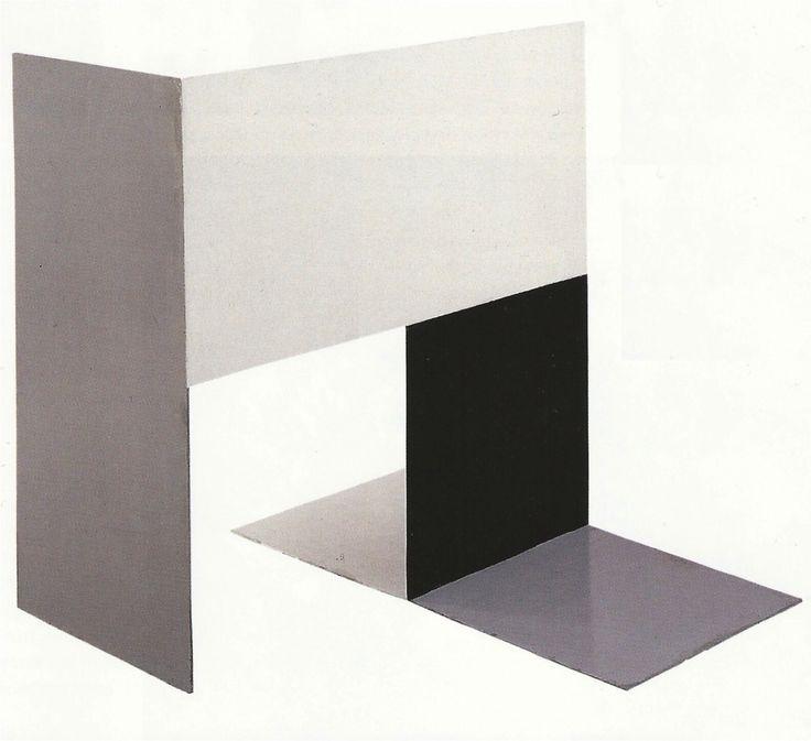 Katarzyna KobroComposition Espace 2 / Space composition 2Acier peint / Painted steel50 x 50 x 50 cm1928