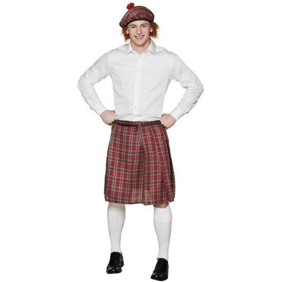Deze Schotse rok met rode ruit is geschikt voor gemaakt van polyester. De buikrand is verstelbaar en daardoor geschikt voor herenmaat M t/m XL.