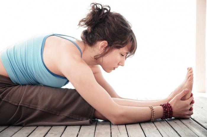 ТИБЕТСКАЯ ГОРМОНАЛЬНАЯ ГИМНАСТИКА Эту гимнастику практиковали монахи в одном из тибетских монастырей. Она занимает всего пять минут в день. Тибетская гормональная гимнастика позволяет поддерживать все эндокринные железы, которые вырабатывают гормоны, в молодом состоянии, в возрасте примерно 25-30 лет.