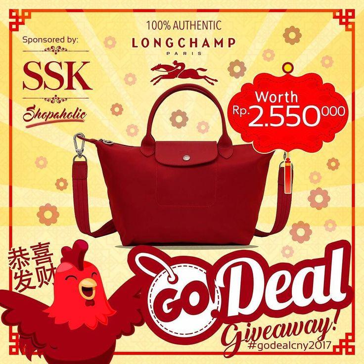 godeal.id @godeal.id x @ssk.shopaholic memberikan Longchamp Neo 1512 Red Ruby color untuk 1 pemenang beruntung. Siapa yang tidak suka Longchamp menangkan sebelum imlek! Gimana cara ikutan? 1. Follow IG @ssk.shopaholic & @godeal.id 2. Repost foto ini 3. Tag 3 teman anda dan @ssk.shopaholic 4. Jangan lupa hashtag #godealcny2017 5. Mohon tidak private profile anda selama kompetisi berlangsung 6. Winner akan dipilih secara random oleh @ssk.shopaholic 7. Selain itu kita juga akan pilih 8 pemenang…