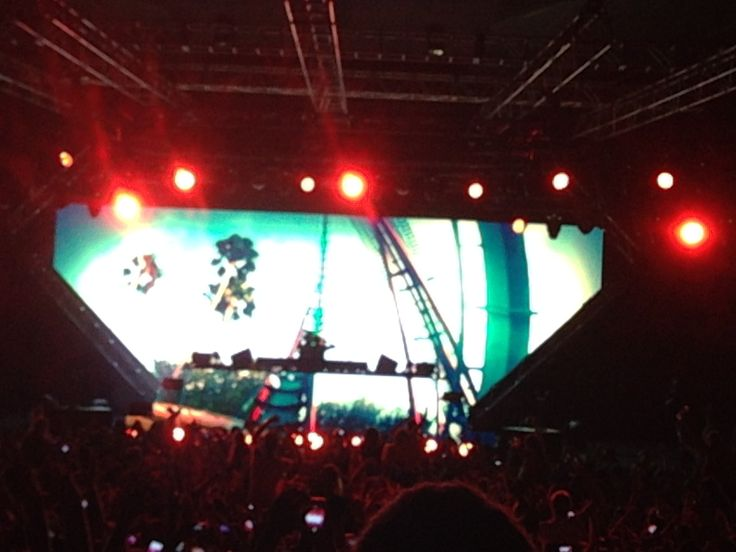 "Avicii ""True Tour"" Riverstage Brisbane. Australia"