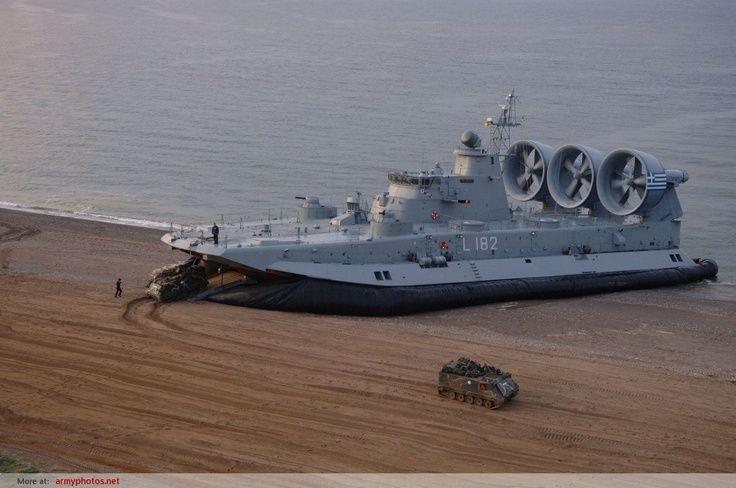 "Zubr class LCAC – NATO reporting name: ""Pomornik"""