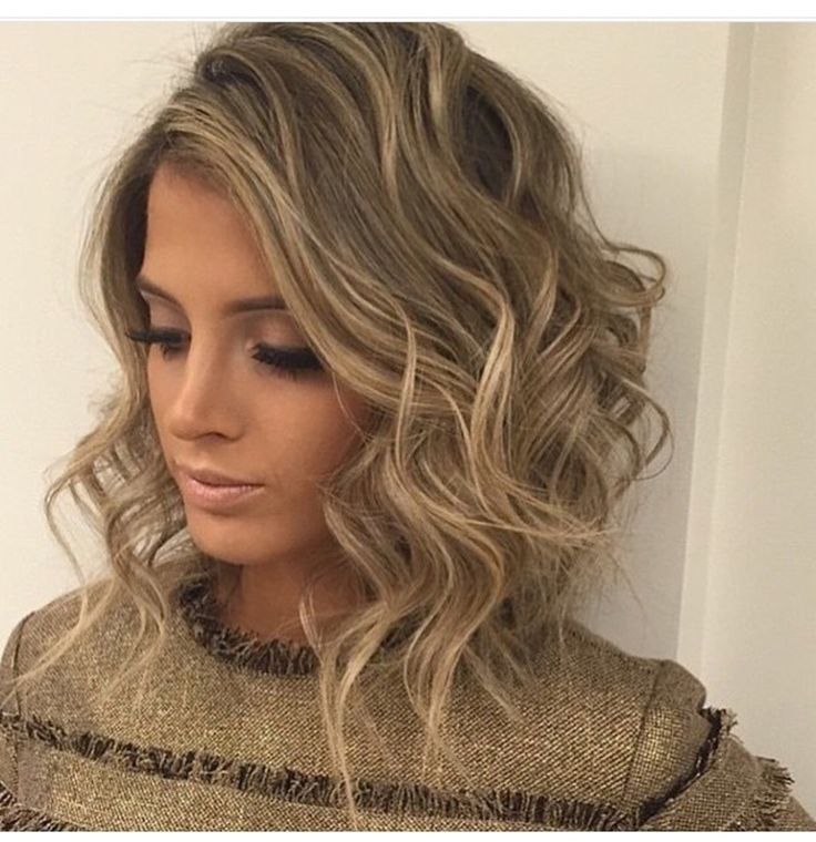 Love this look. Come stop by #TopLevelSalon for this gorgeous look. Check us out on Instagram and Facebook @ TopLevelSalon