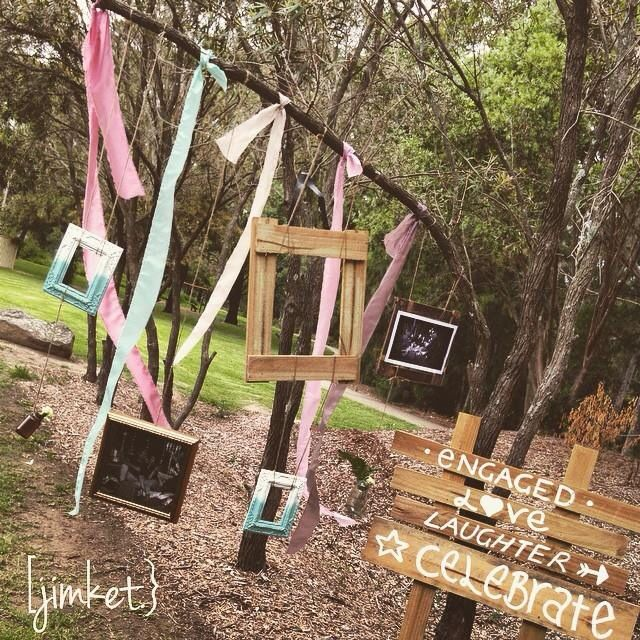 Rustic photo booth engagement / wedding / event
