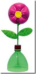 Manualidad día de la madre flor hecha con botella refresco reciclada