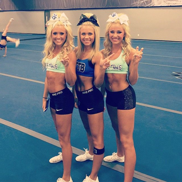 Jamie Andries, Carly Manning, Peyton Mabry