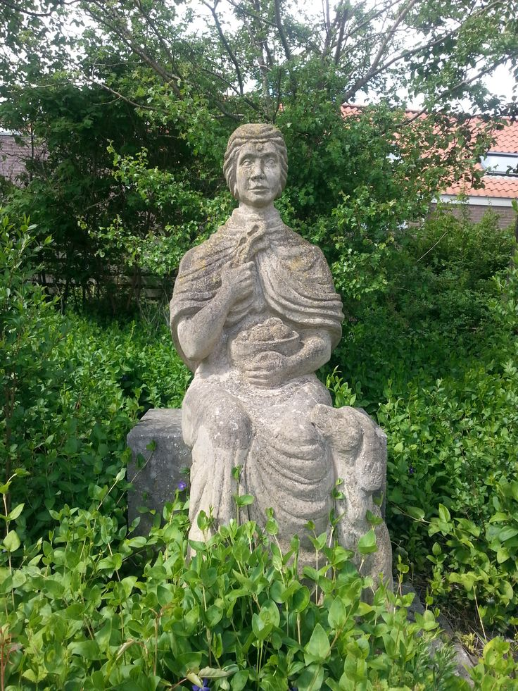 Goddes Nehalennia statue in the garden of the Marie Tak Museum at Domburg http://www.marietakmuseum.nl/
