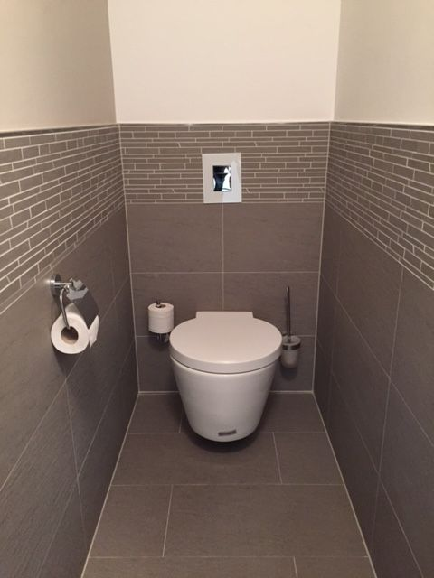 Unique G ste WC mit unserer Fliese TopCollection Leo gris http franke