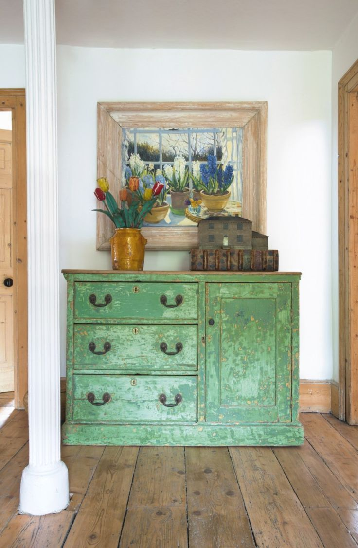 Be inspired by this elegant house of antique finds | Homes and Antiques