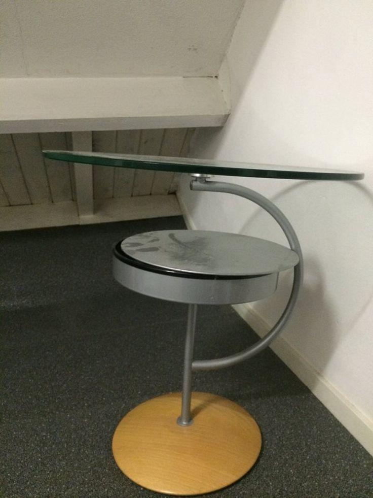Zwarte uitschuif tafel en ronde glazen tafel - Woninginrichting -