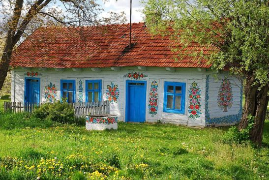Romanian village  Zalipie, where all the houses are painted with flowers