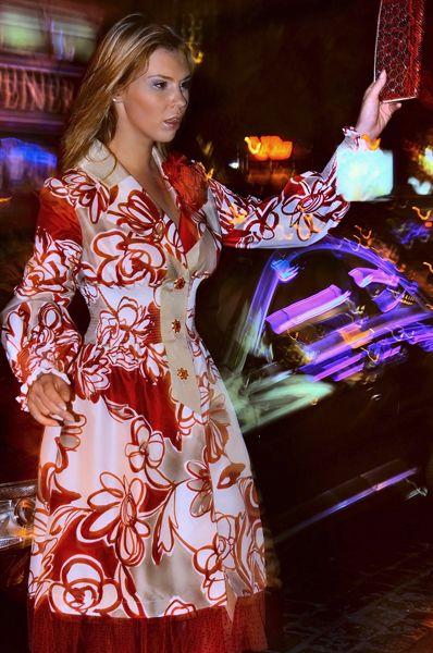 Le caprice. История одного костюма - in the style of luxury  Огни ночного города. Каждый вечер – загадка. Какой ты будешь сегодня?