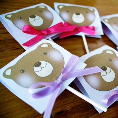printable teddy bear lollipop covers, easier than they look actually. Kerri:  might be good for Elle's party.