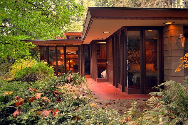 Frank Lloyd Wright's Barnes House - note the landscaping right up to the patio