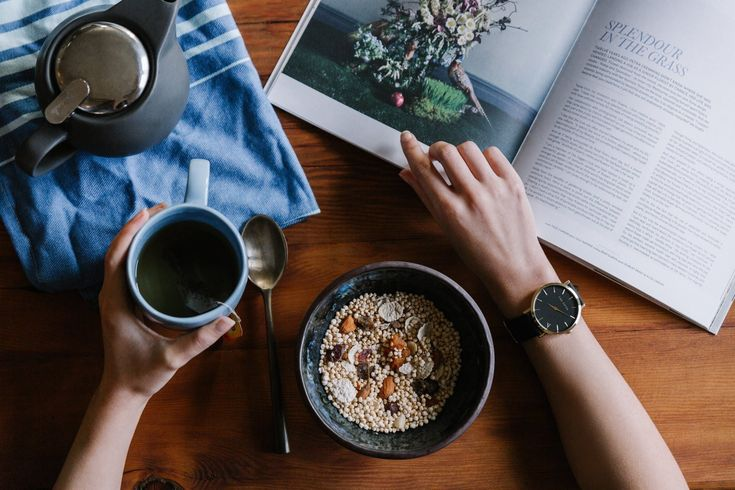 Watch, Book & Cereals 📔 💫   Selected Vintage Clothing Brand 🔱   #invisible #setting #masterpiece