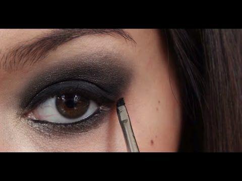 Az elmaradhatatlan füstös szem - Smokey eye tutorial - YouTube