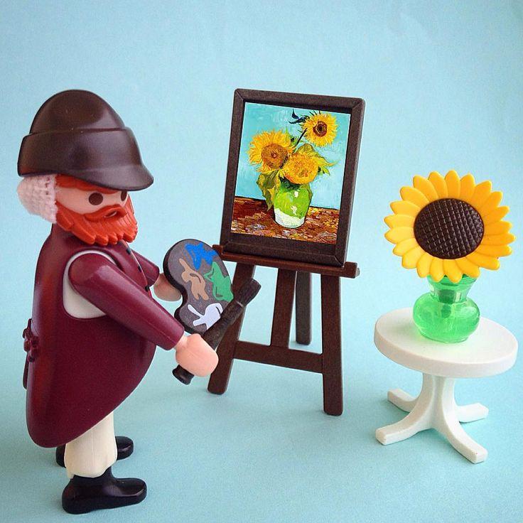 """Vincent Van Gogh #playmobil #playmobilgreece #toyphotography #toyartistry #sharethesmile #VanGogh #sunflowers"""