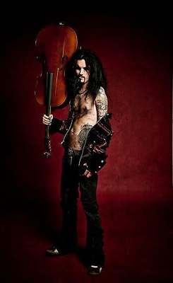 my 2 favorite things in the world, tattooed man,Perttu <3 and cello