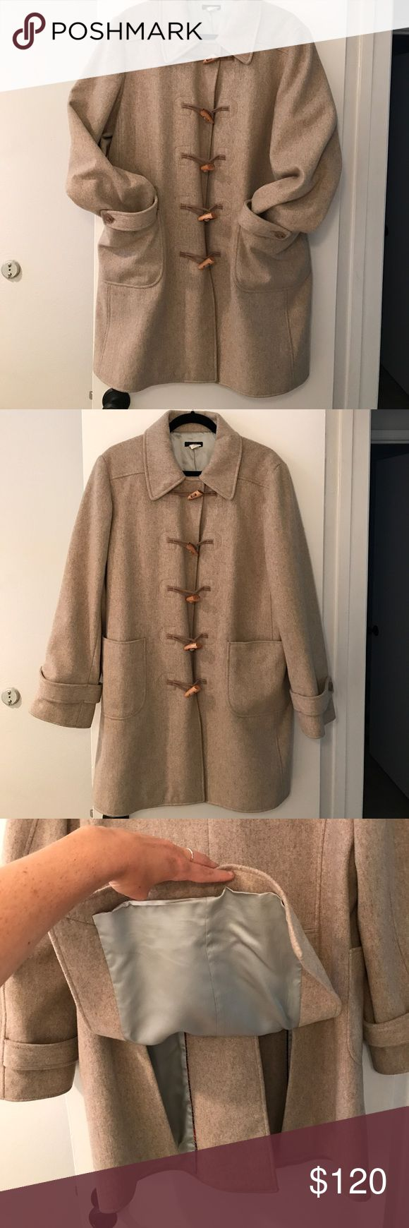 J Crew wool pea coat with toggle buttons Large Beautiful beige j crew pea coat just in time for fall! Wonderful toggle buttons, nice and warm!  Size L   Fits a little loose for a typically large coat J. Crew Jackets & Coats Pea Coats