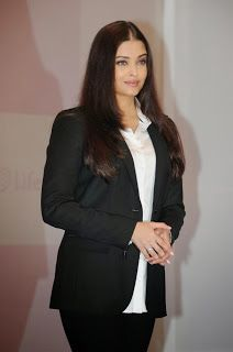 Aishwarya Rai Bachchan Launches Stem Cell Banking By Life Cell