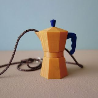 COFFEE NECKLACE in 3D printing.  - design and 3D by Monica Casu -   #coffeenecklace #monicacasu #monicacasu_design