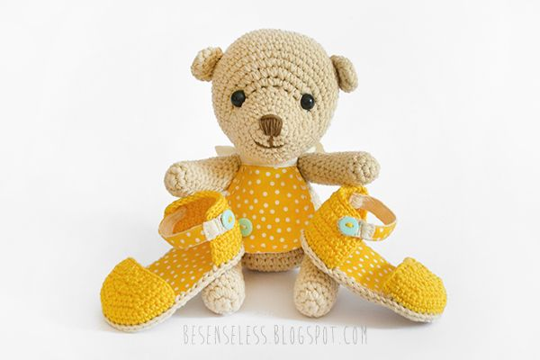 Amigurumi teddy baby bear and crochet sandals - Orsetto e sandali a uncinetto in cotone per neonato - besenseless.blogspot.com