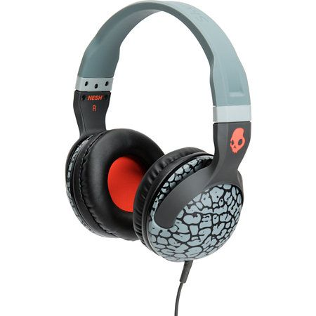 Skullcandy Hesh 2 is here to give you a boost of sound on your favorite songs. The grey elephant pattern frame with plush leather ear pillows give you a clean look along with ultimate comfort. These Supreme Sound headphones deliver awe inspiring bass natural vocals, and precision highs so you can hear your music like never before. The removable cord keeps you tangle free, and the Hesh2 Stash Bag will keep your Skullcandy Hesh 2.0 headphones in good shape.