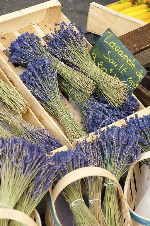 Lavender, Gordes market, France
