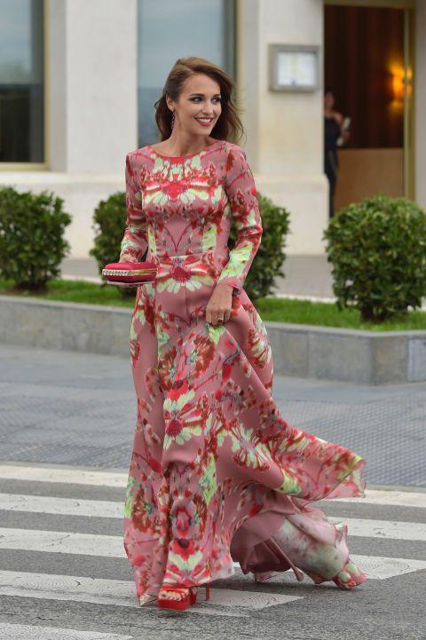 En la redacción nos hemos enamorado de este vestidazo de Jorge Vázquez.