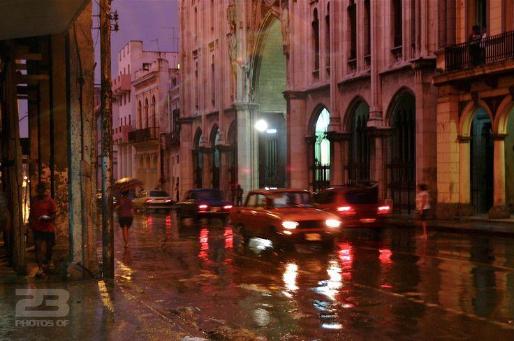 Rain at Dusk on Reina photo | 23 Photos Of Havana
